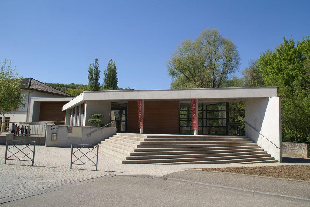 Bibliothèque de Yenne
