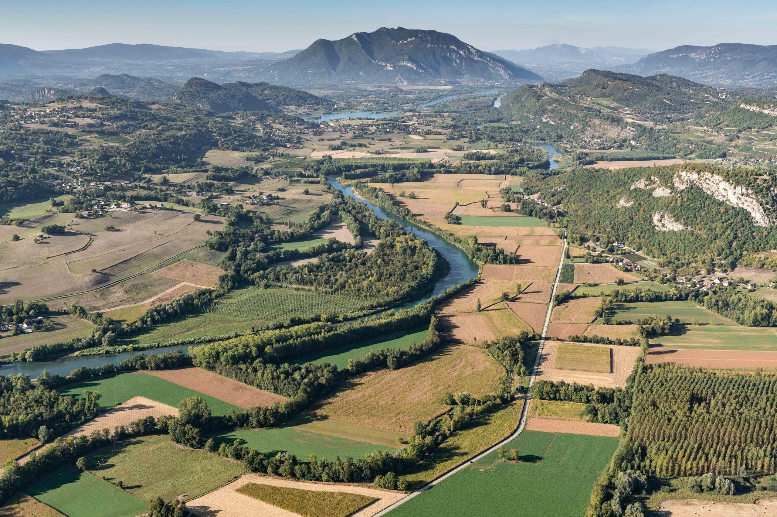 La plaine du Rhône vue du ciel - Yenne